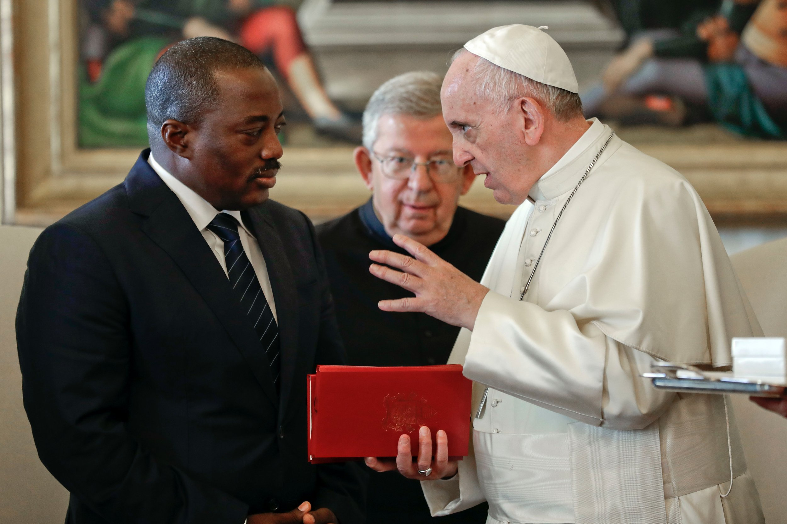 Pope francis receives congolese president kabila discusses pre pope francis receives congolese president kabila discusses pre election violence kristyandbryce Image collections