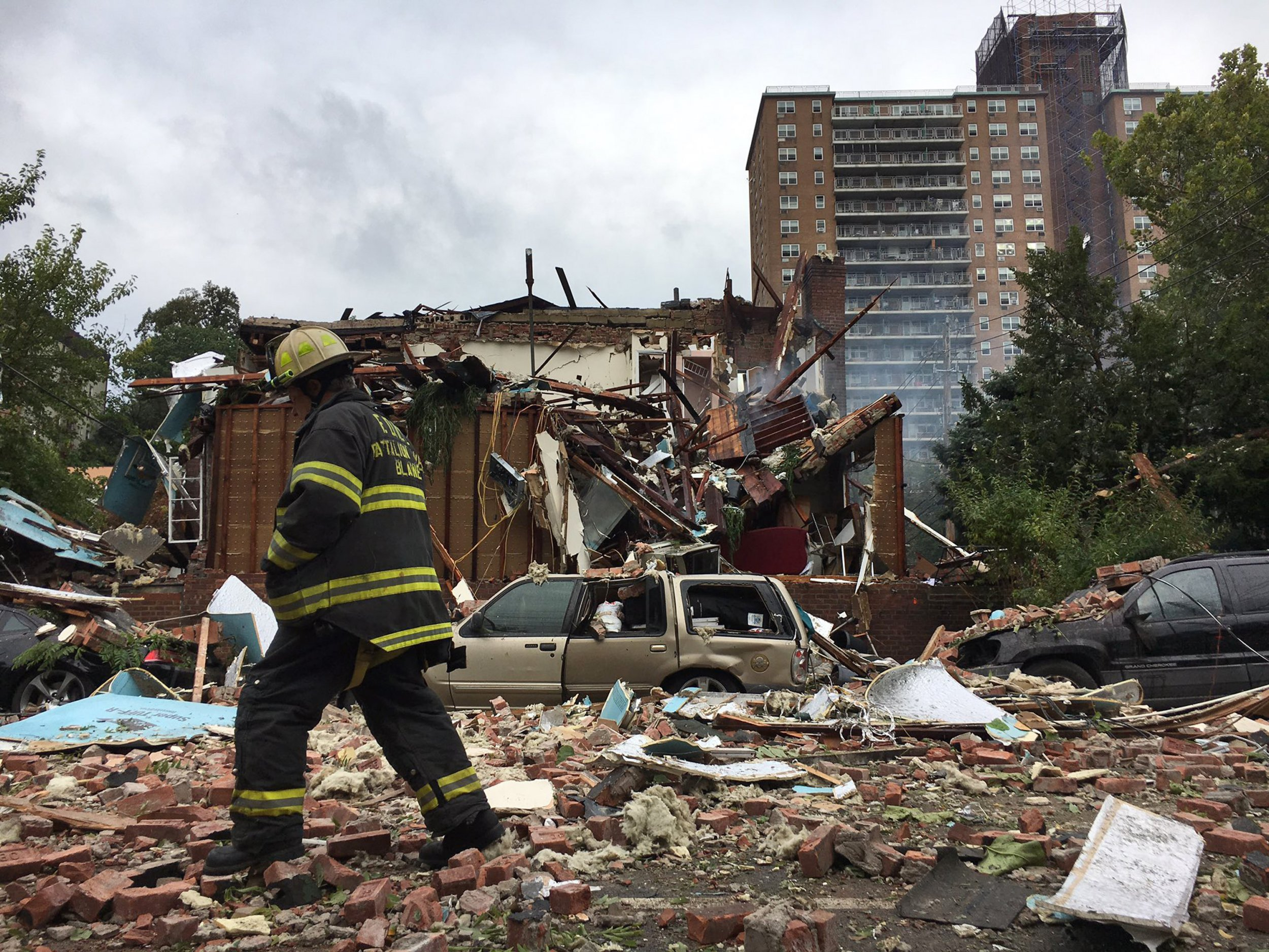 0927_new_york_fire_explosion_01