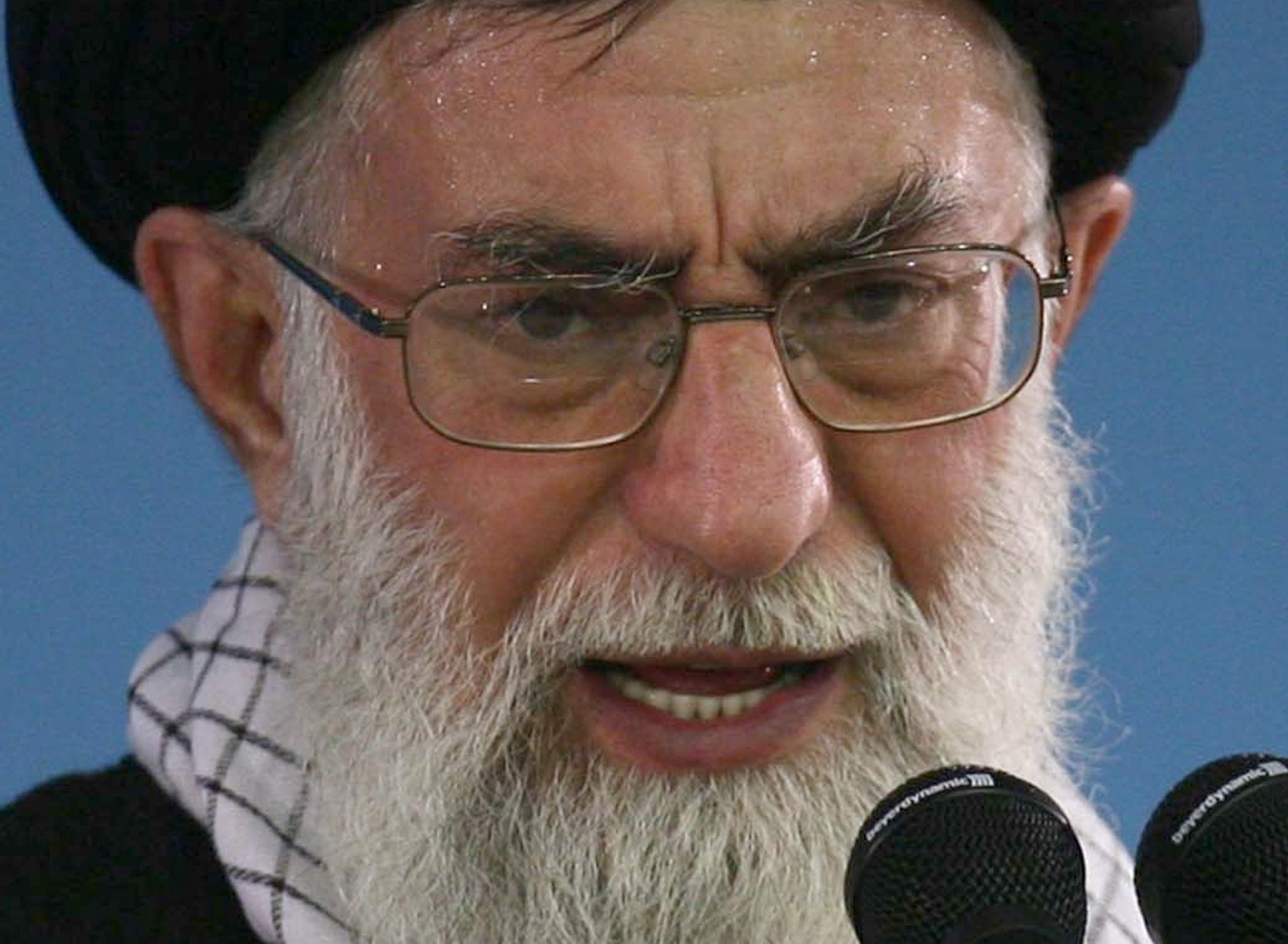 10_02_Khamenei_Iraq_01
