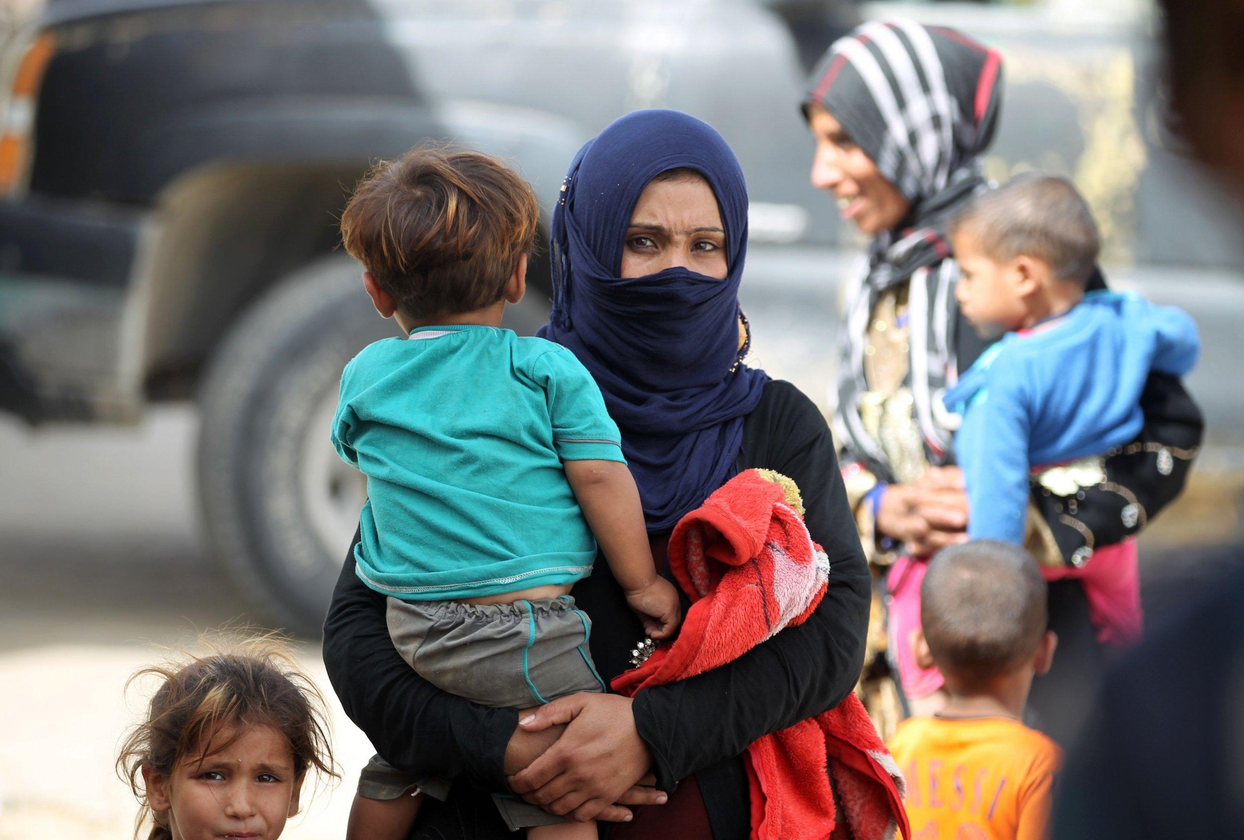 Iraqi family in Sharqat