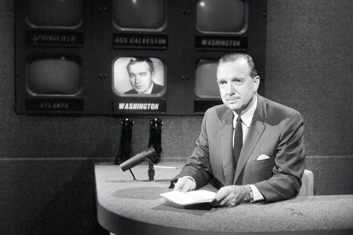 New Biography Of Cbs Newsman Walter Cronkite Dents His Halo
