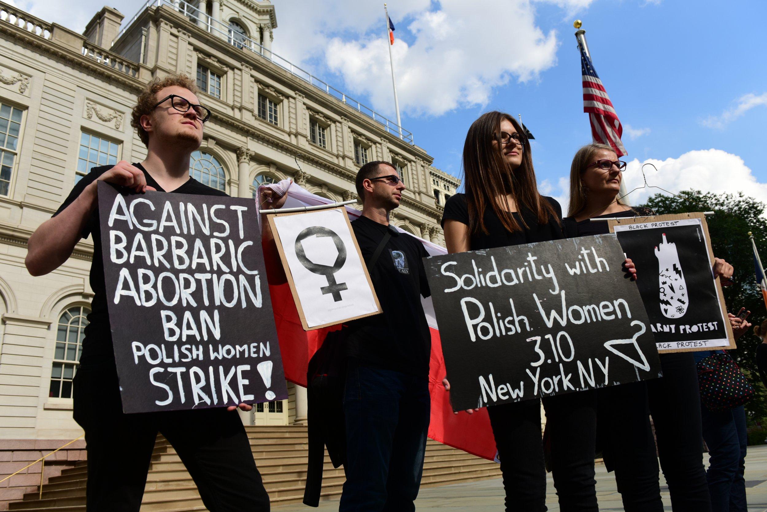 poland_abortion_strike_1004