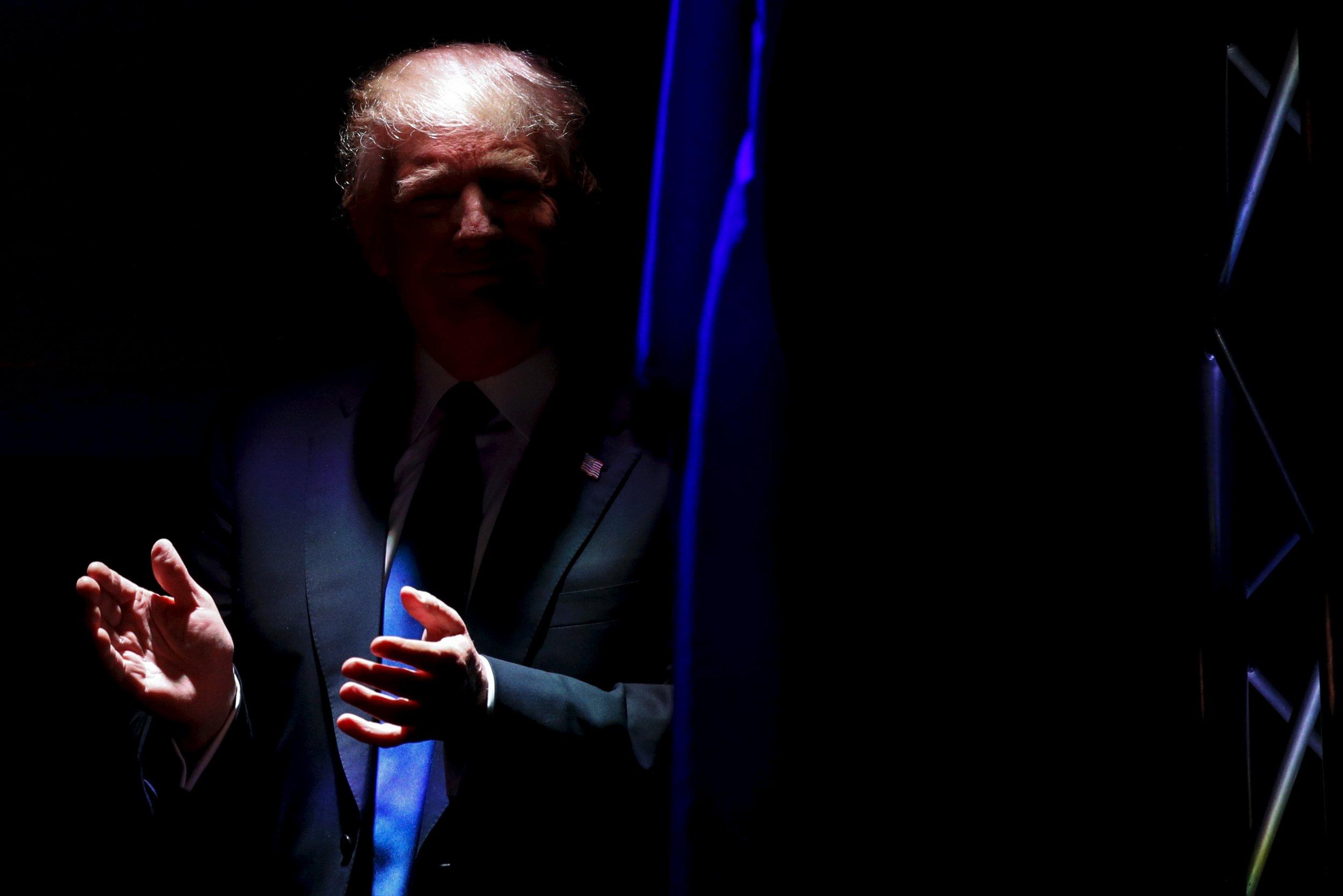 10_08_Trump_Backer_01