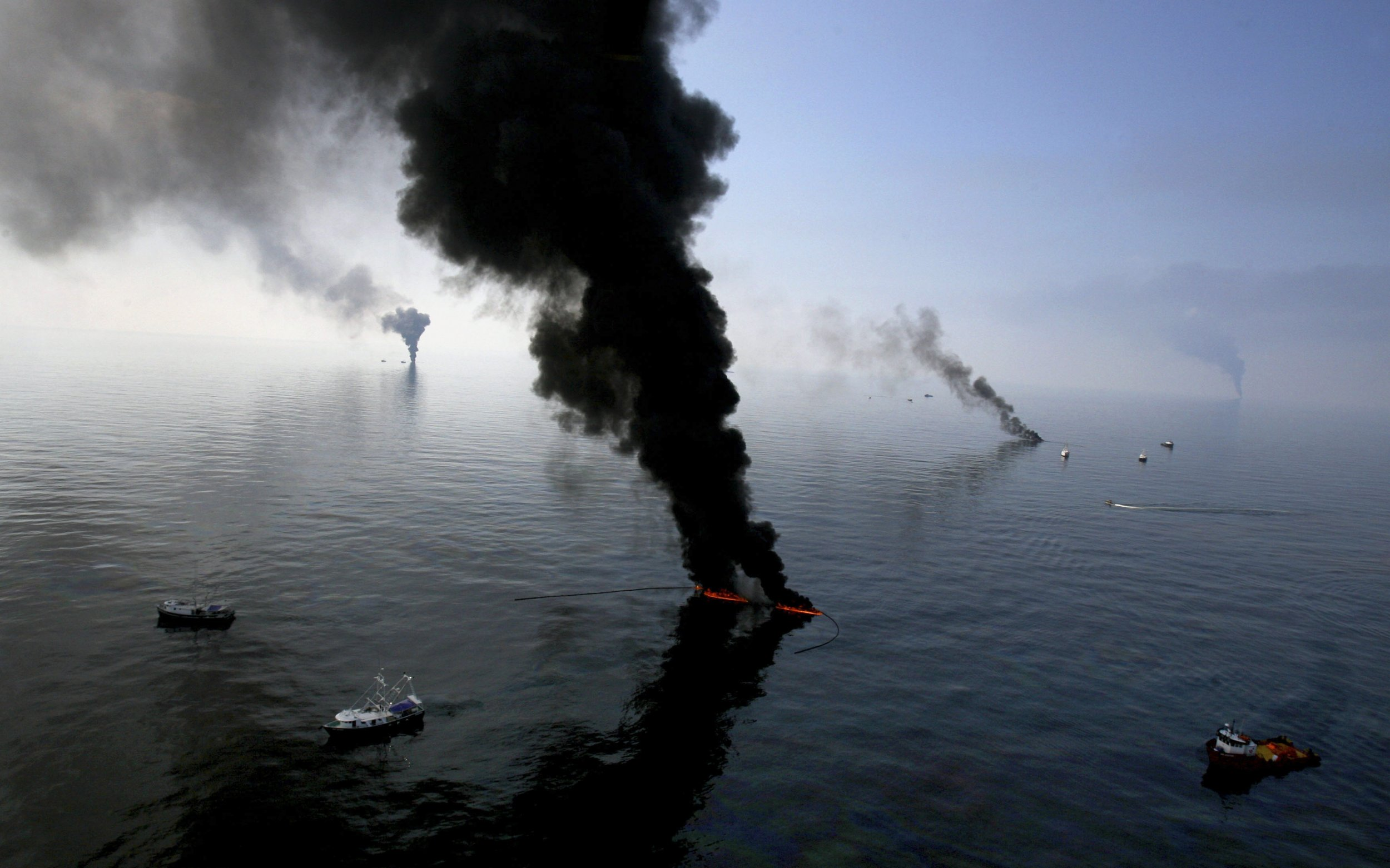 deep water horizon oil spill The deepwater horizon spill was front-page news, but some parts of the story were overlooked or underreported here are 10 things you may have missed.