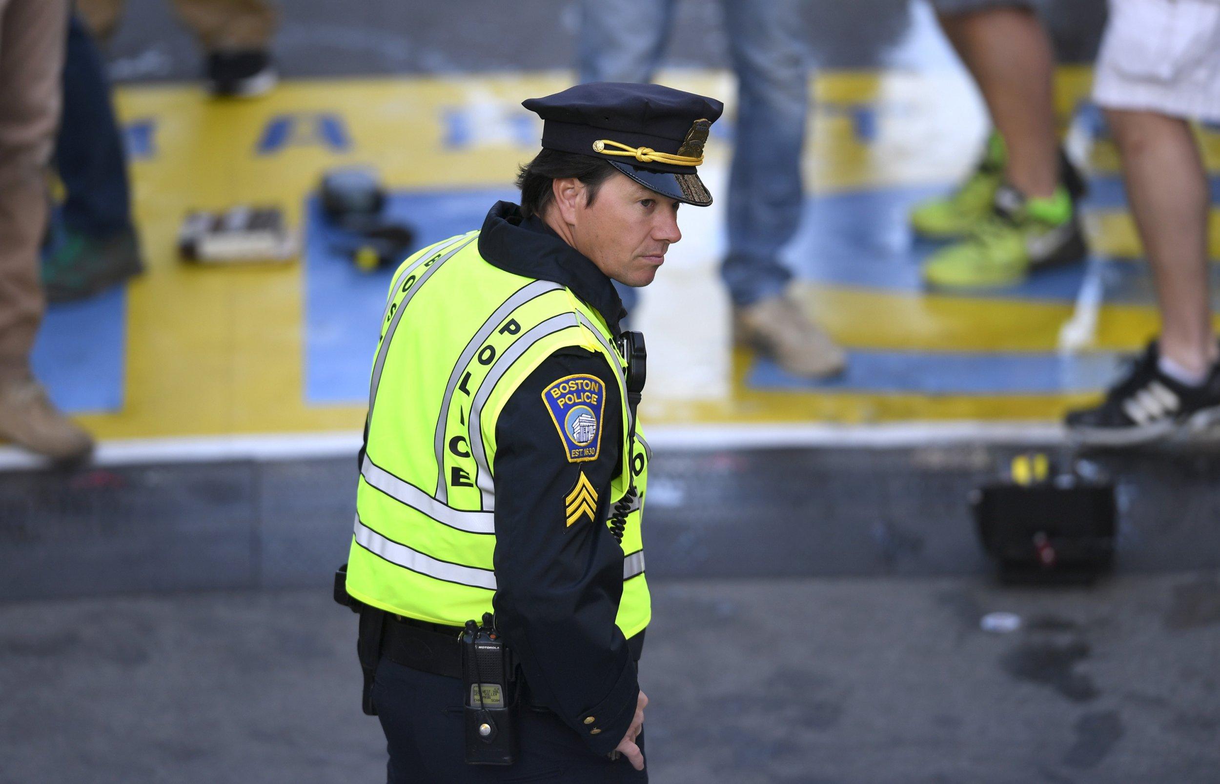 1007_Boston_Marathon_bombings_trailer_01