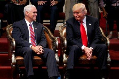 10_11_Trump_Pence_01