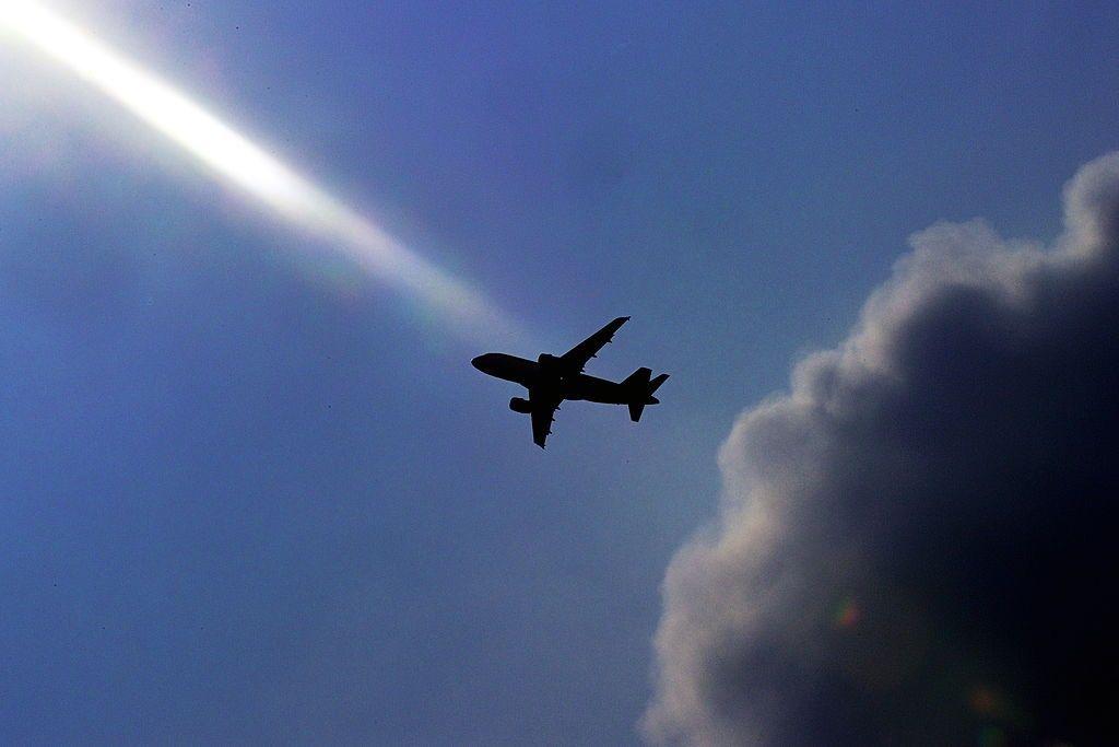 plane tracker GVA Dictator Alert