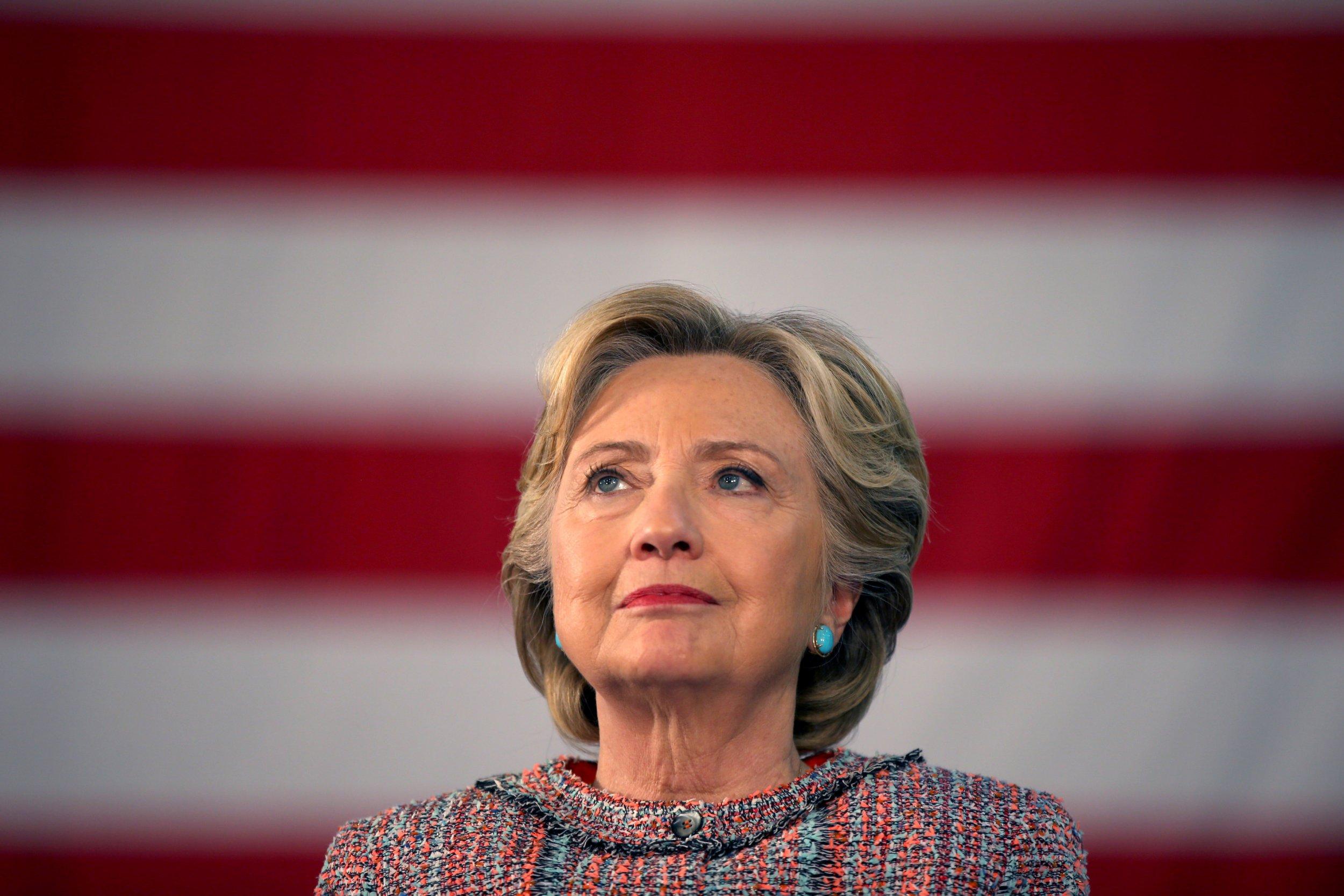 10_13_Vote_Hillary_01