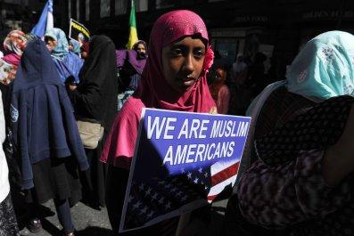 10_16_Muslim_Assimilate_01