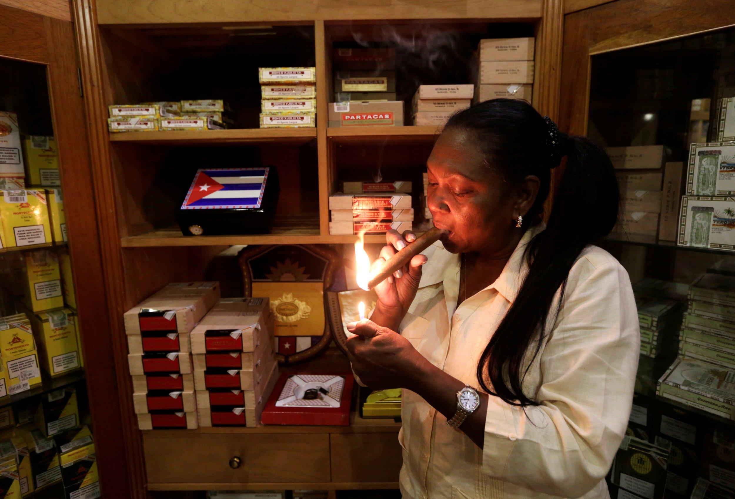 1014_cuba_cigar_01