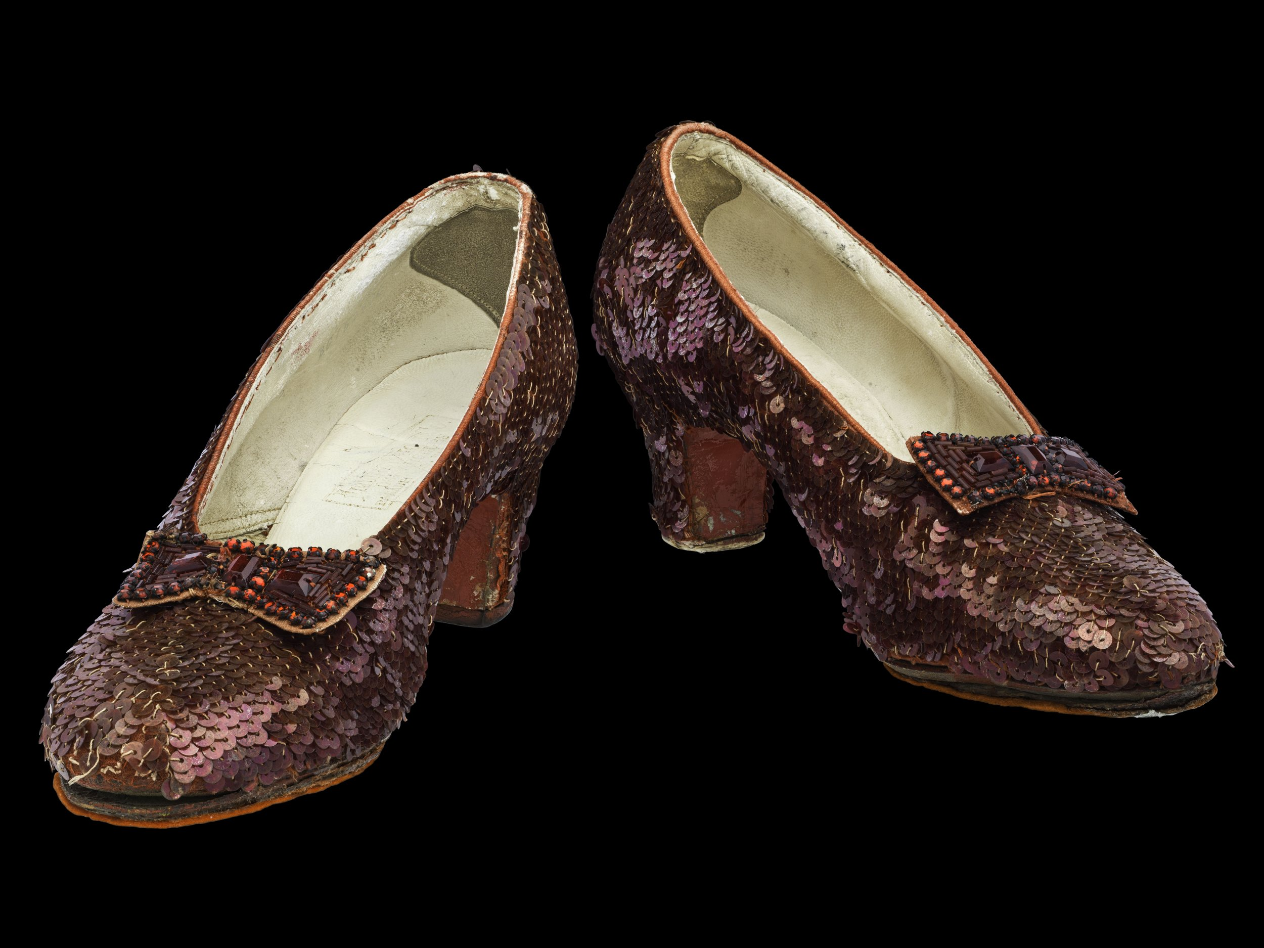 10_17_Smithsonian_ruby_slippers