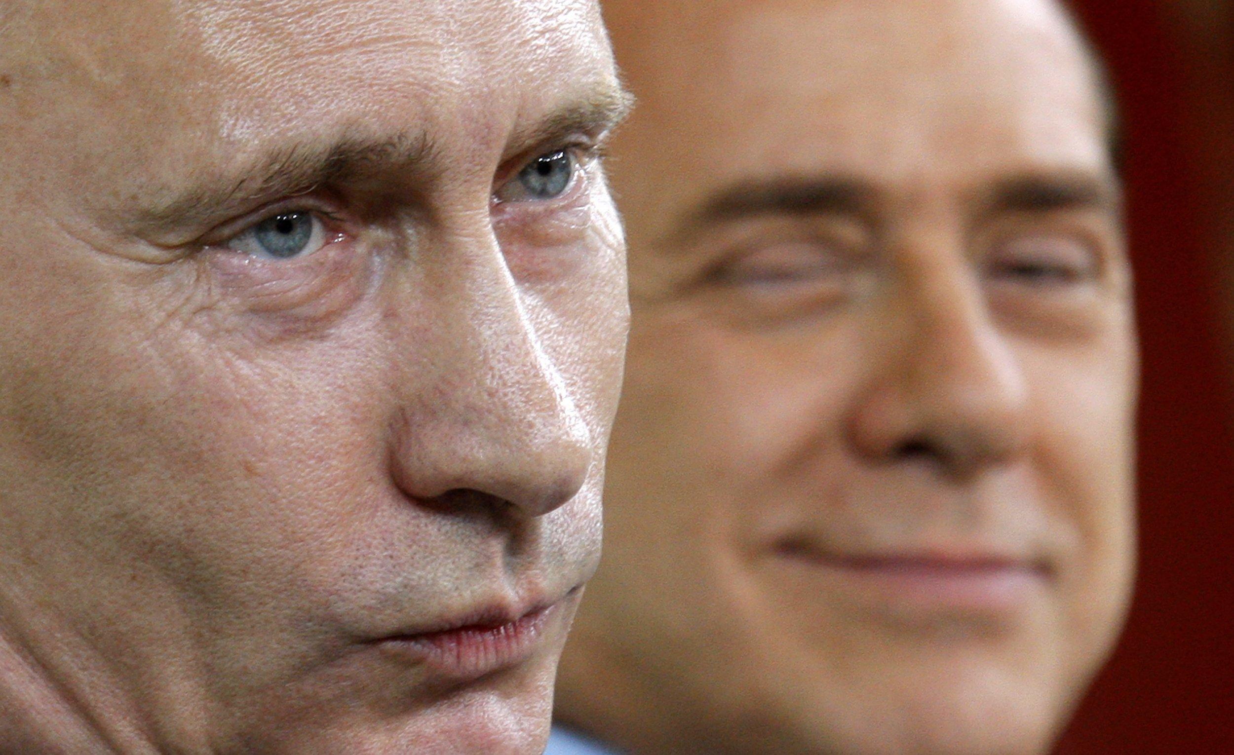 10_21_Berlusconi_Trump_01