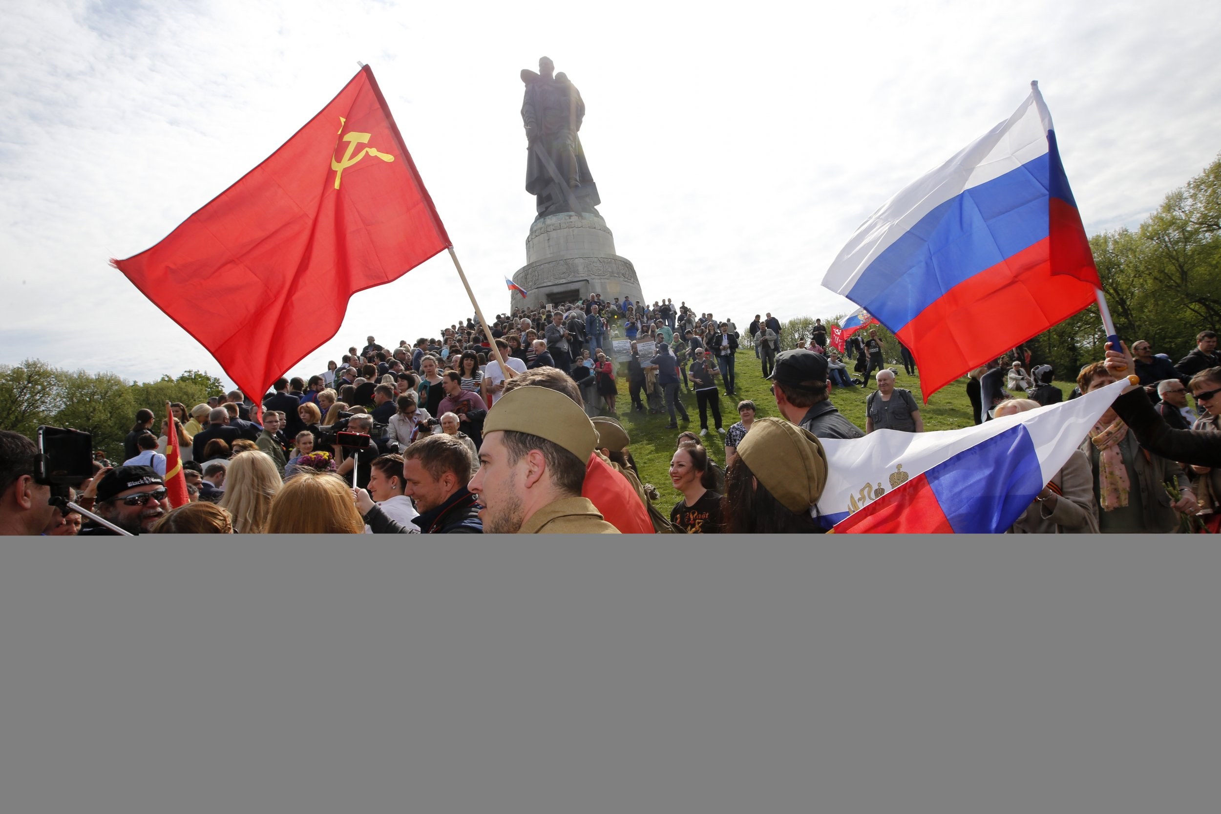 Russian reenactors