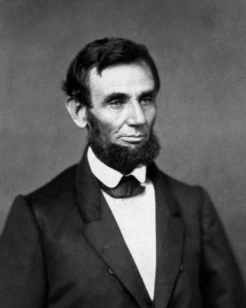 10_25-Abraham_Lincoln_O1
