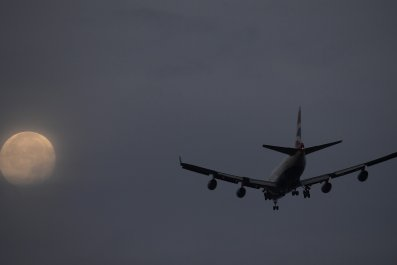 Heathrow Airport Plane Runway
