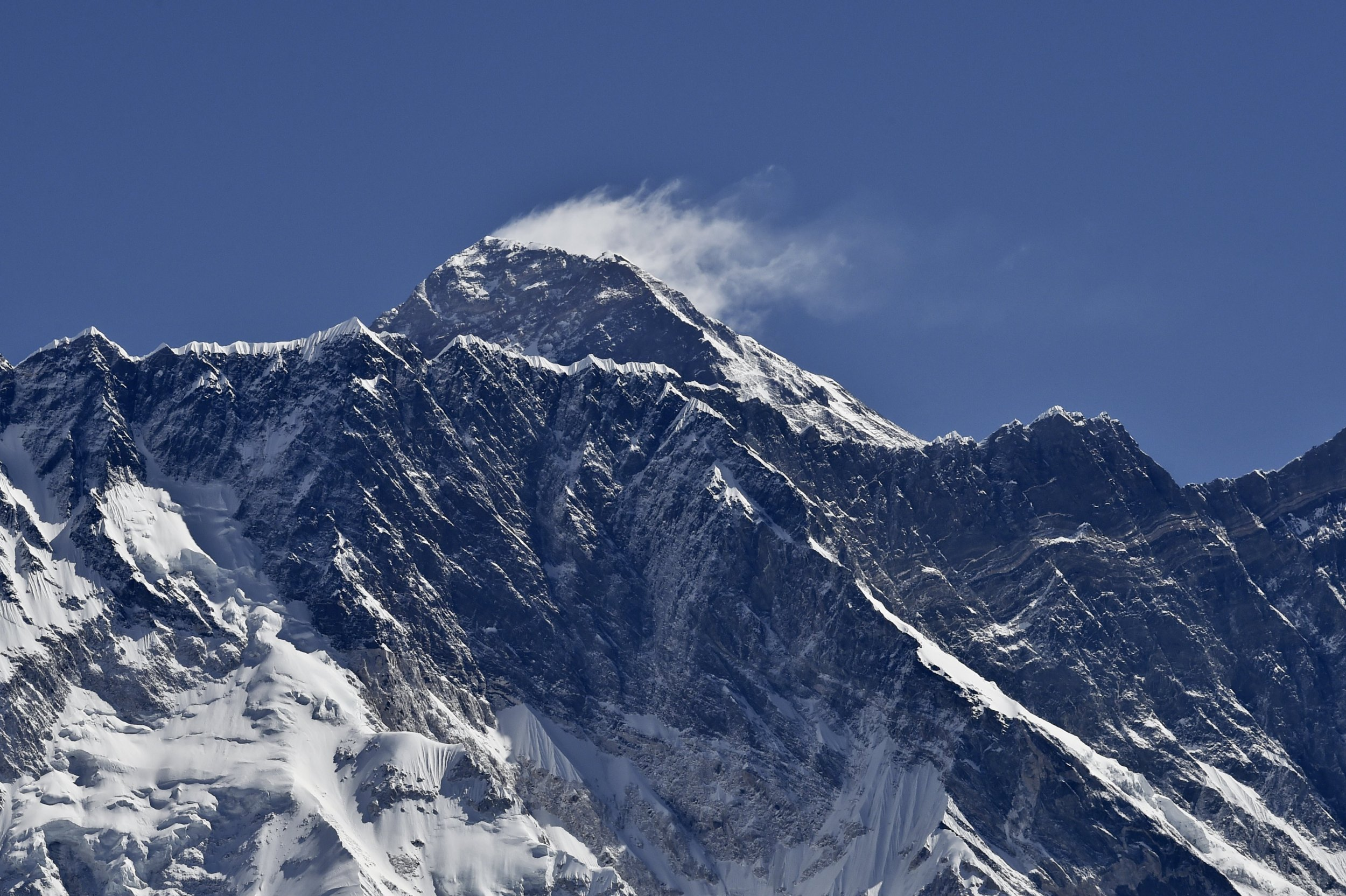 Nepalese army drains dangerous mount everest glacial lake for Top pictures of the day