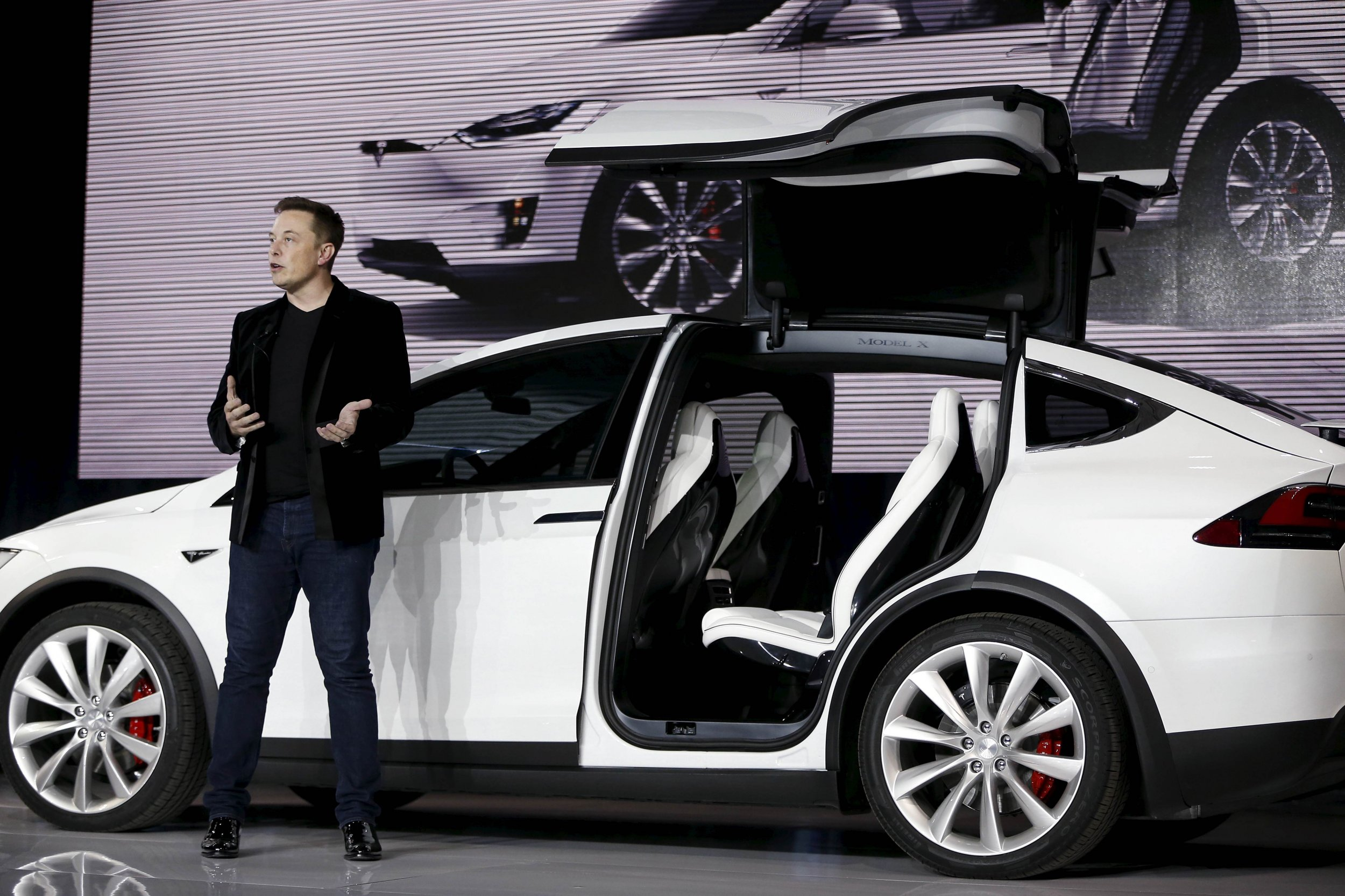 will electric cars turn the world upside down