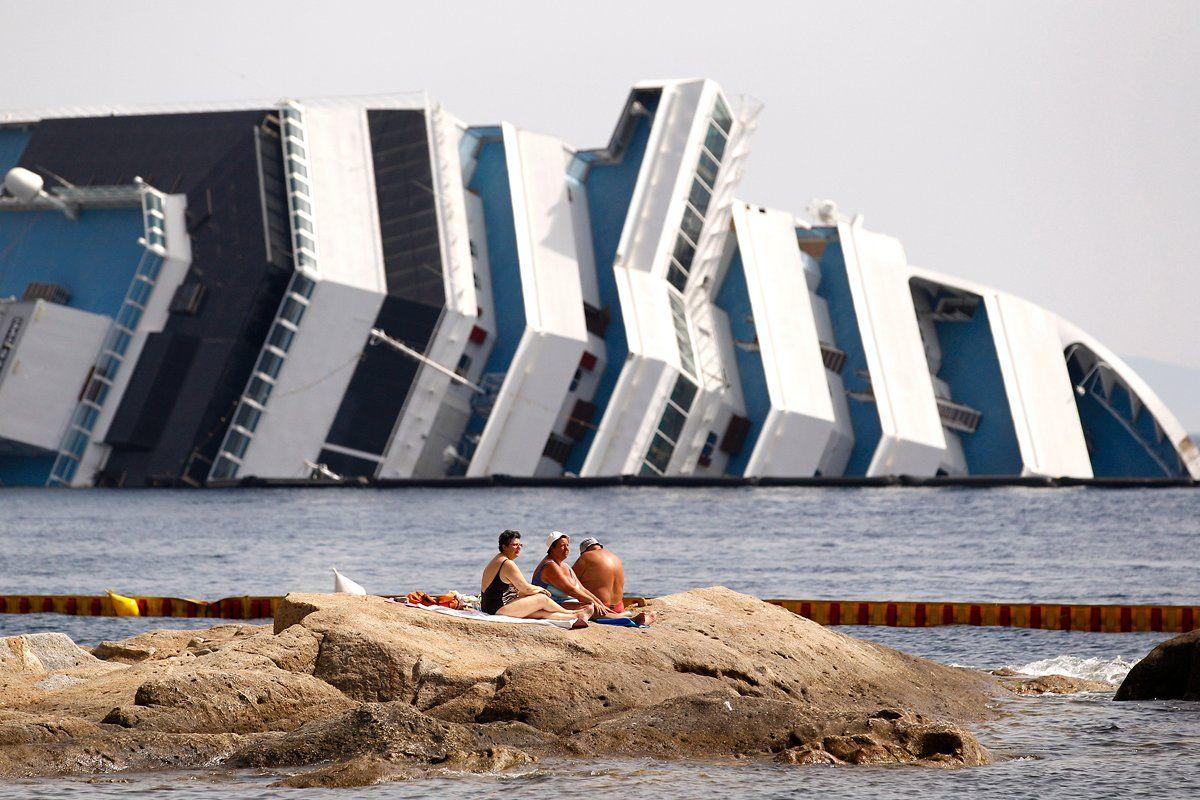 cruise-ships-CO04