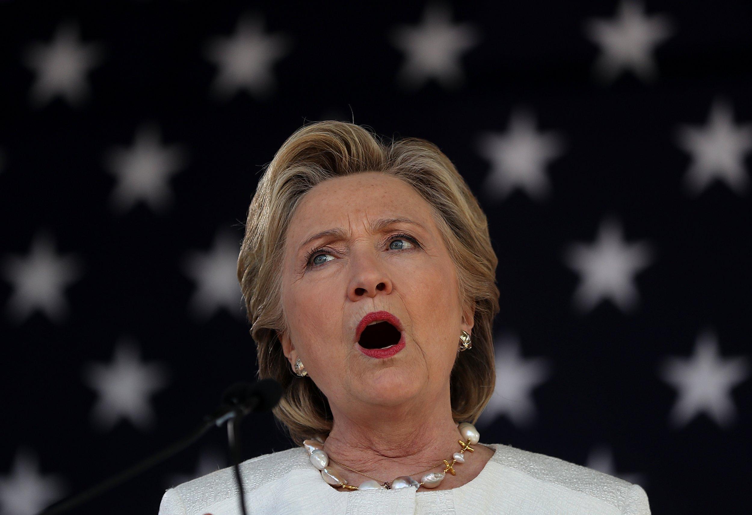 Hillary clinton cunnilingus