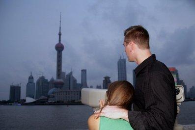 china-foreigners-OV02-main
