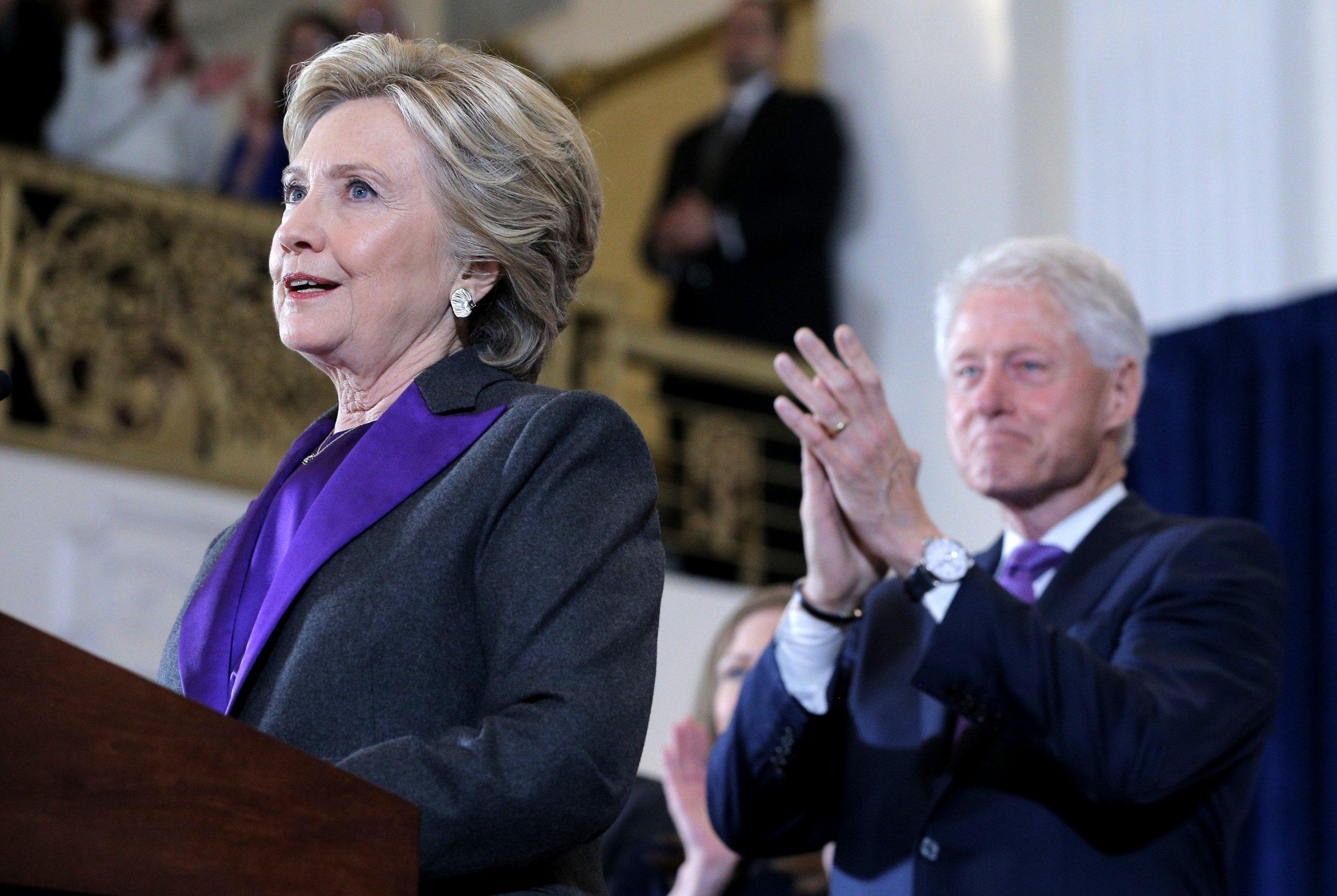 11_10_Clinton_Trump_tie