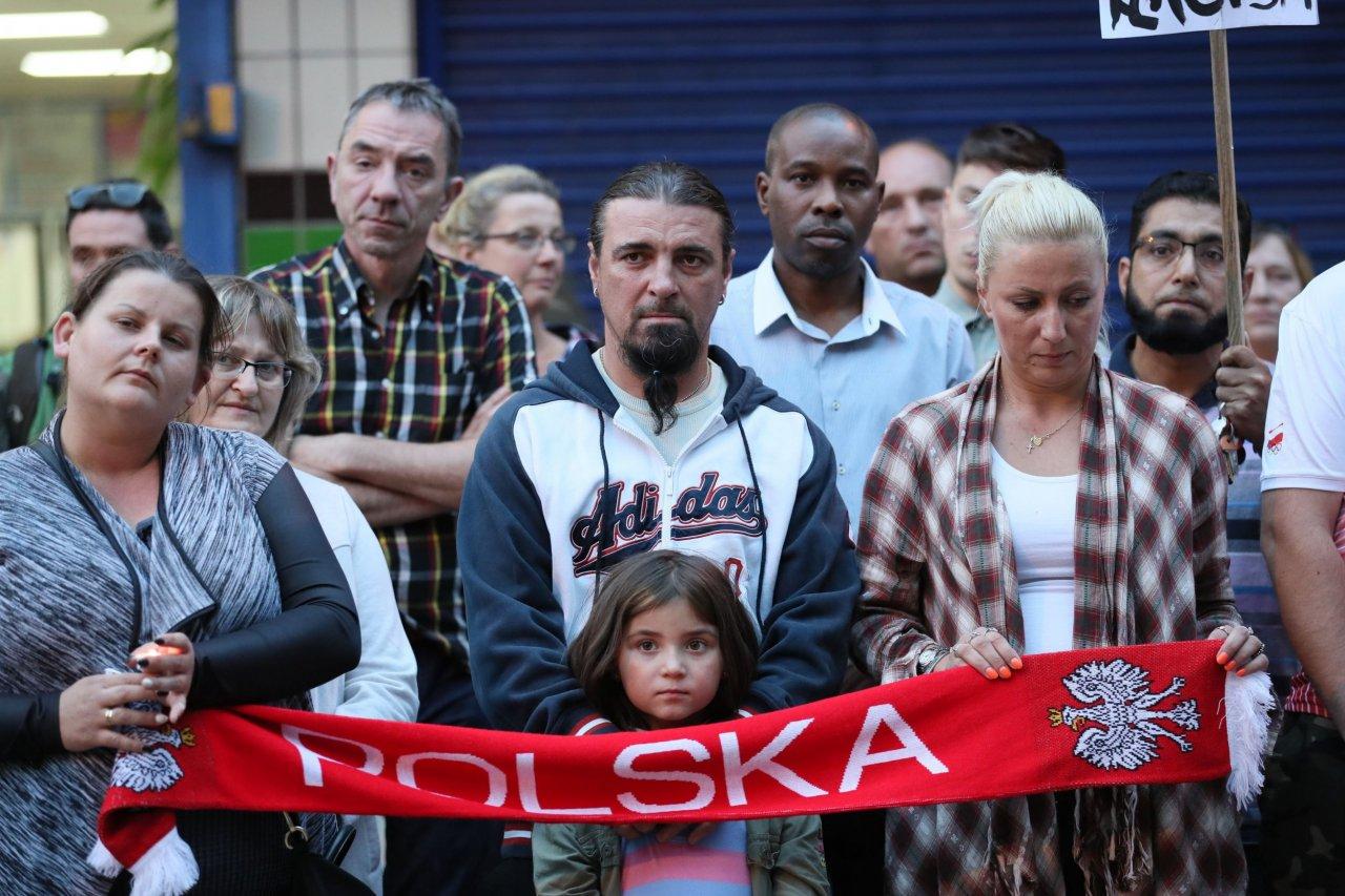 11_25_PolishMigrants_01