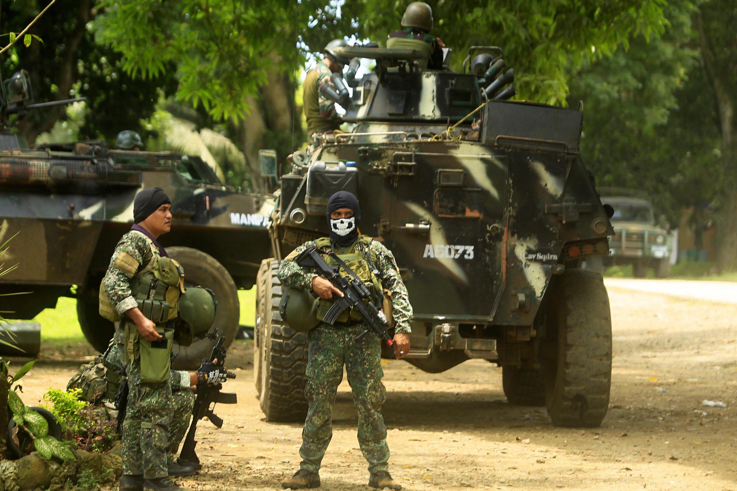 Philippine troops fighting against Abu Sayyaf
