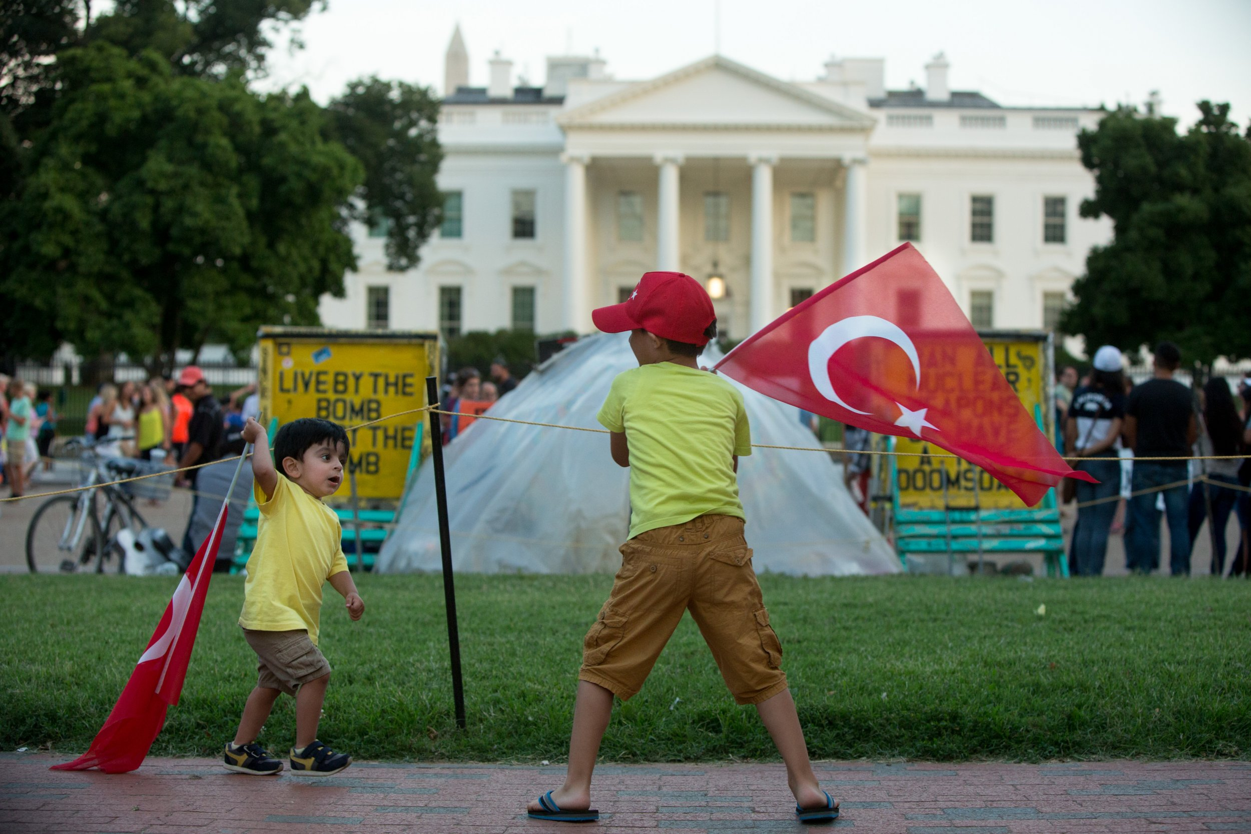 Turkey supporters outside White House