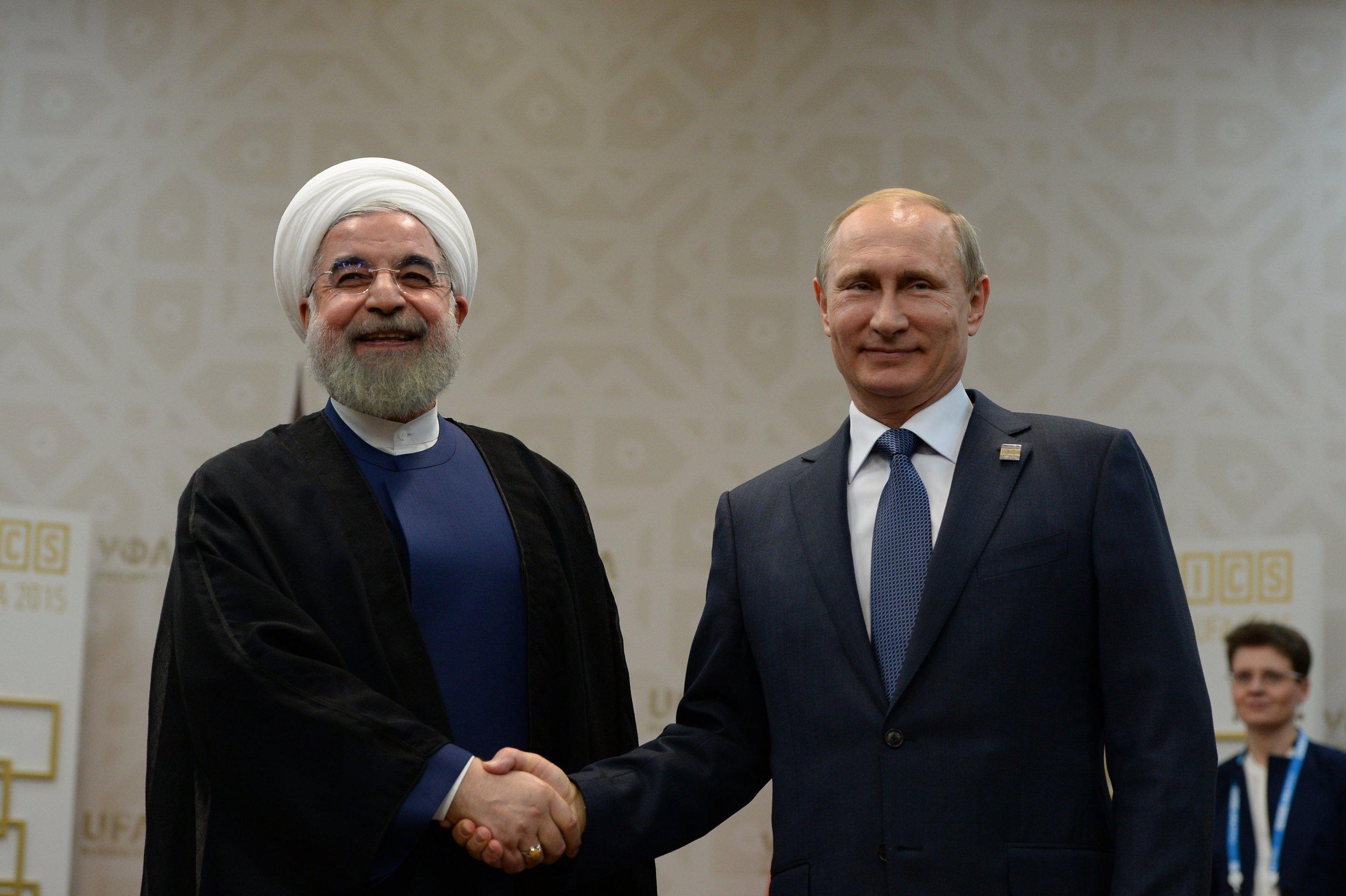 Hassan Rouhani and Vladimir Putin