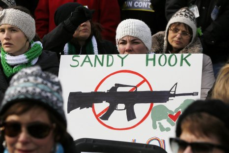 1115_Sandy_Hook_lawsuit_appeal_01