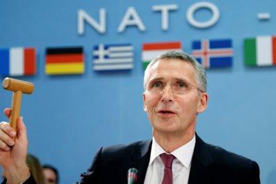 11_15_NATO_Trump_01
