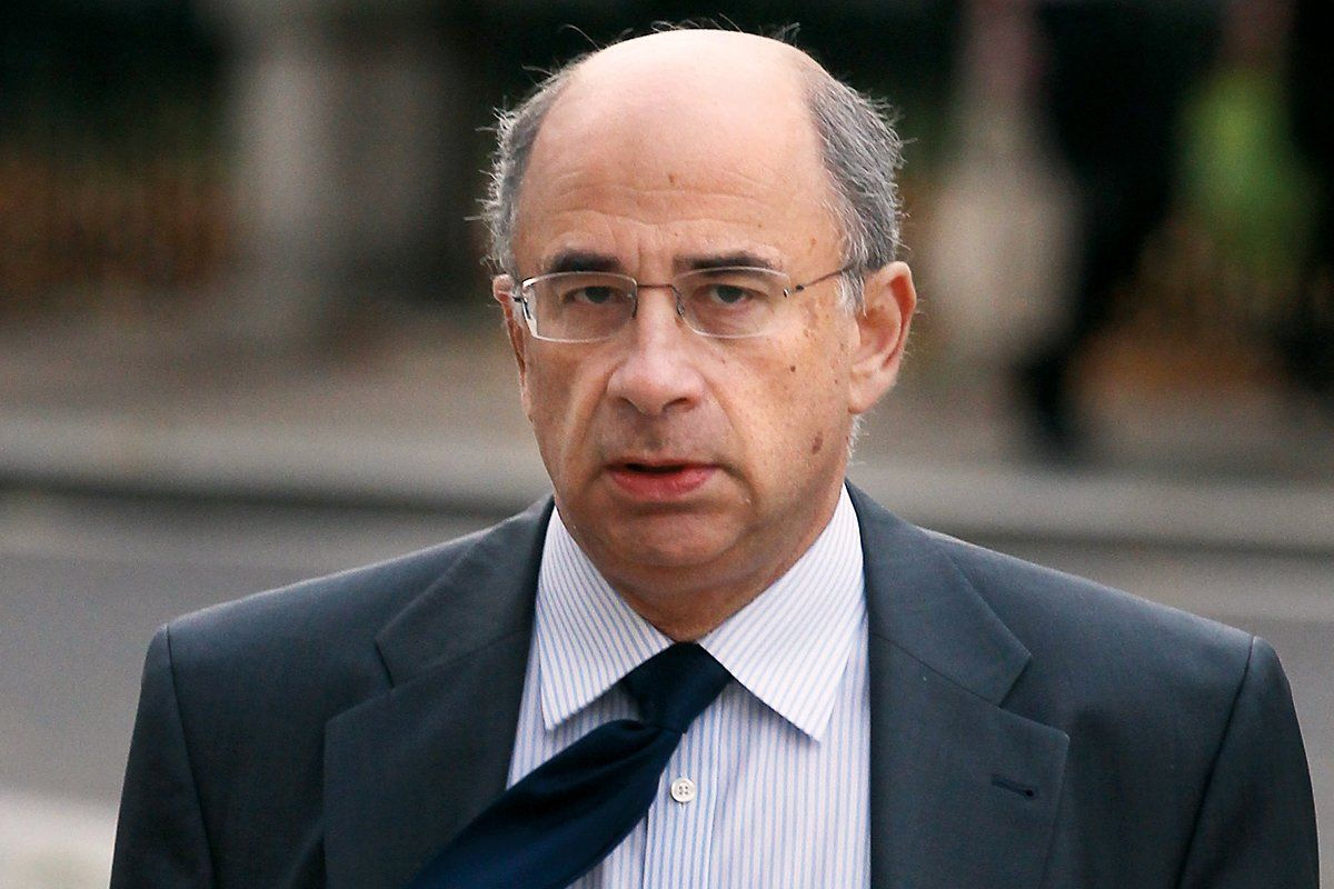 phone-hacking-lord-leveson-OVNB02