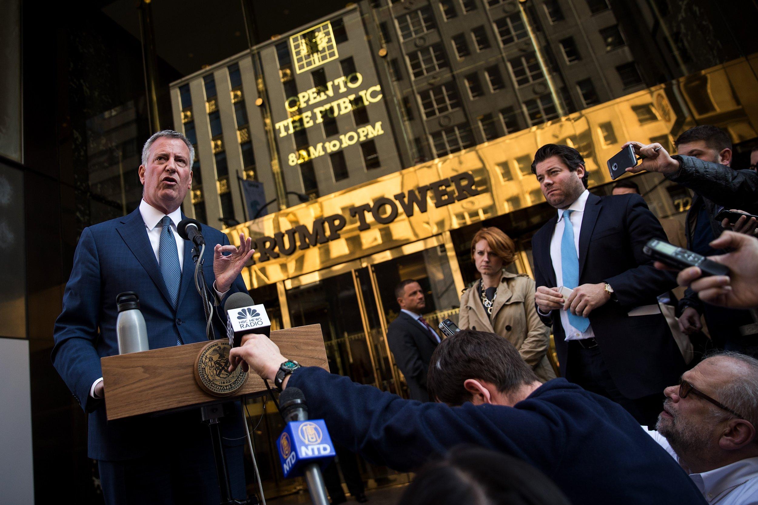 Bill de Blasio outside Trump Tower