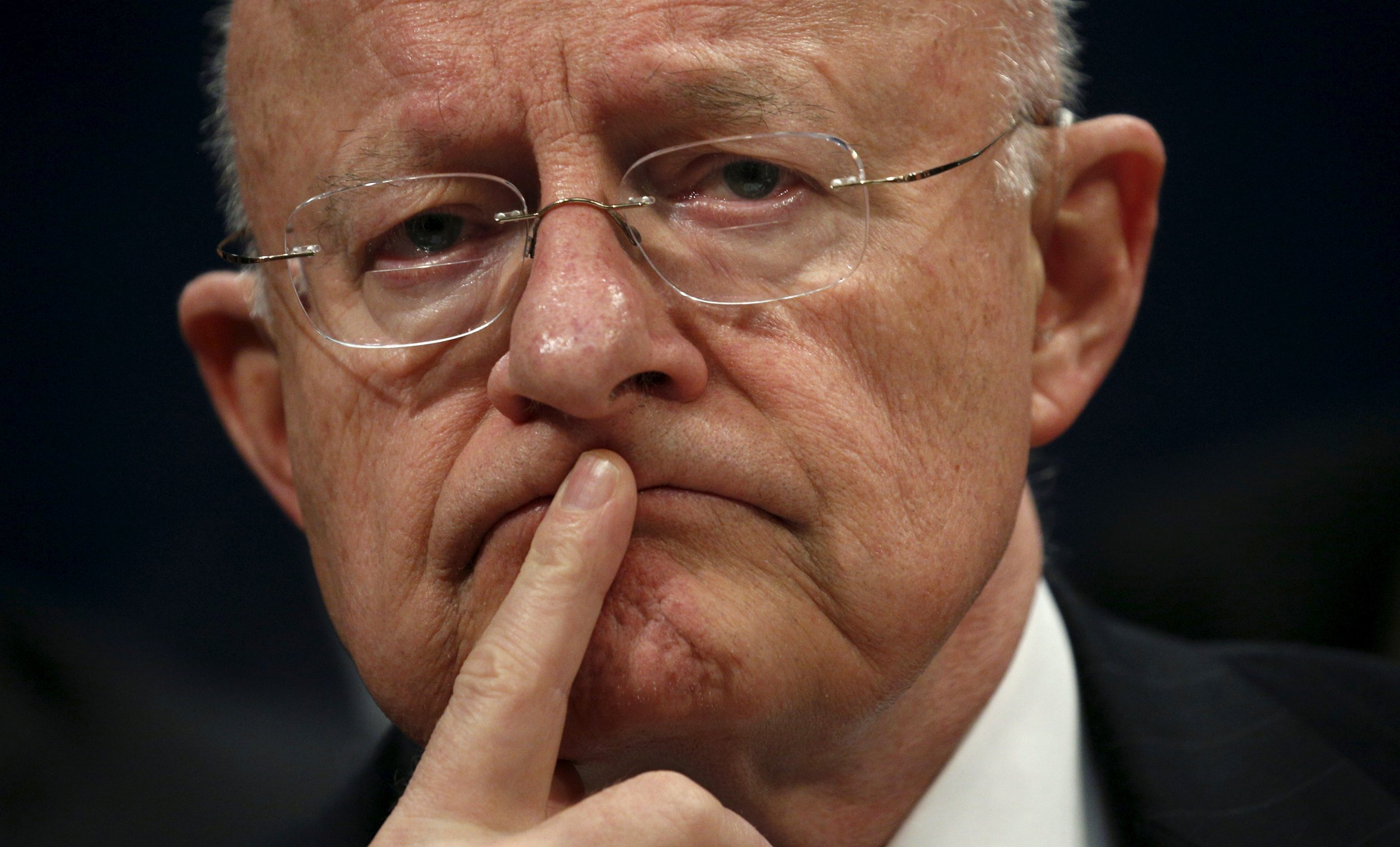 u s  director of national intelligence james clapper resigns