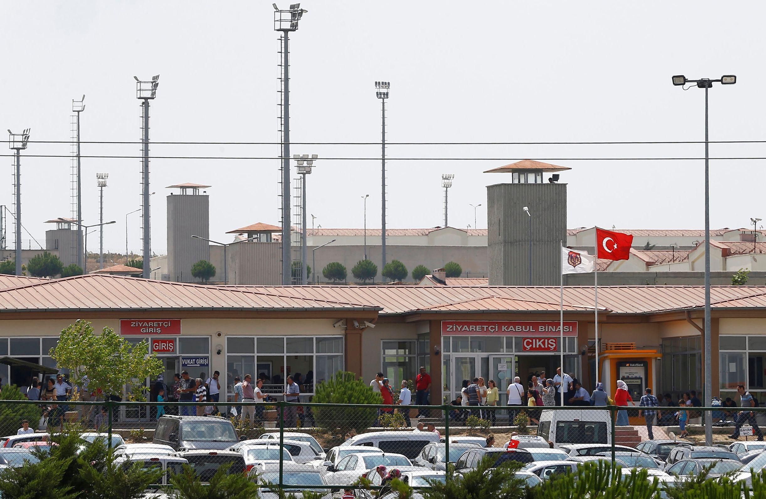 11_21_Erdogan_Massacre_01