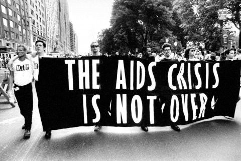 12_02_AIDS_06
