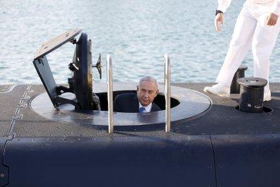 11_26_Israel_Submarine_01