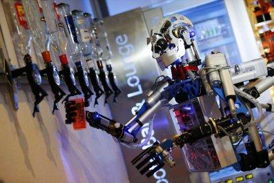 11_18_RobotEconomy_04
