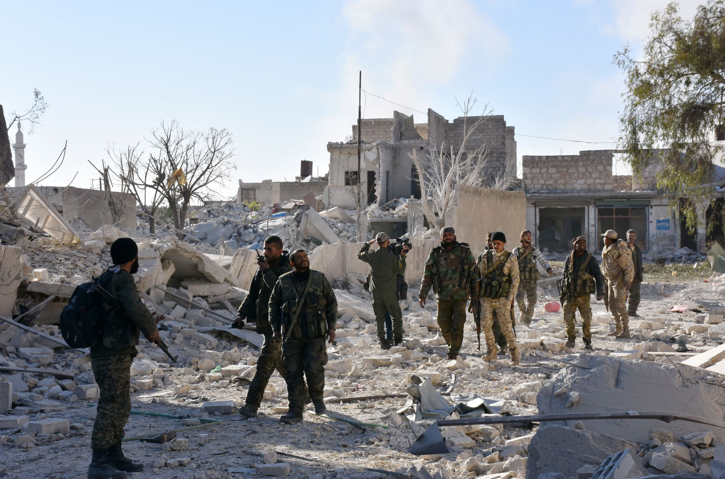Syrian regime soldiers in Aleppo