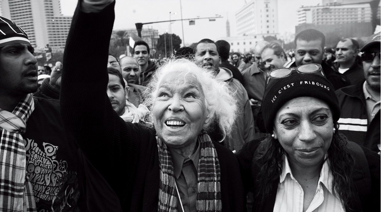 egypt-women-protesters-fe03-wide