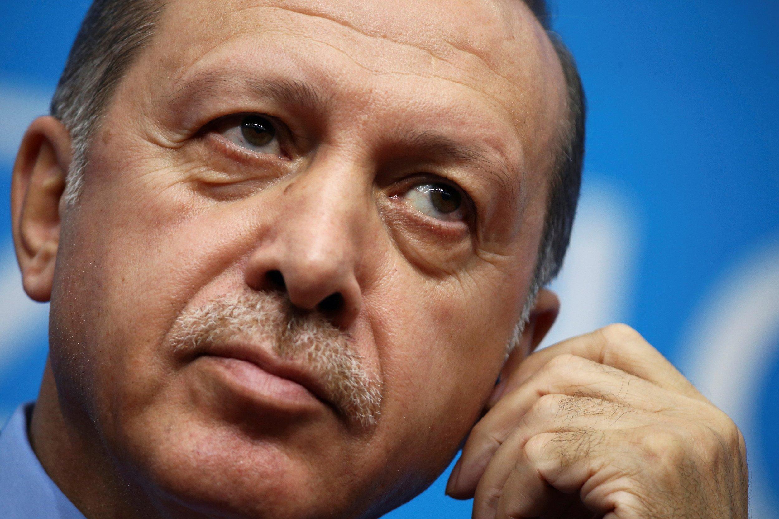 11_29_Erdogan_Assassin_01