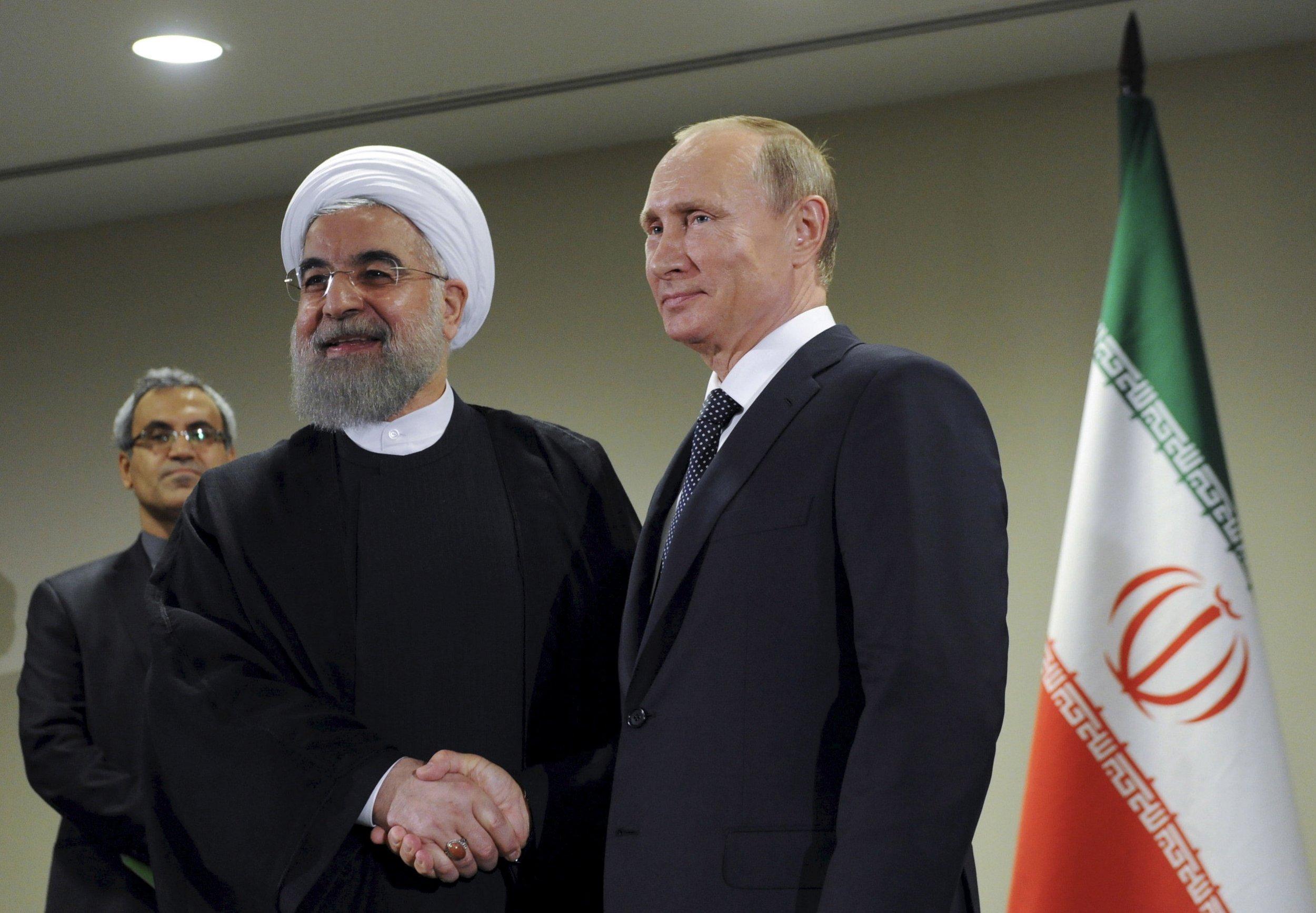 11_30_Putin_Khamenei_01
