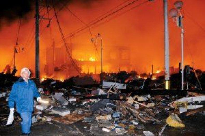 news-gallery-japan-quake-01