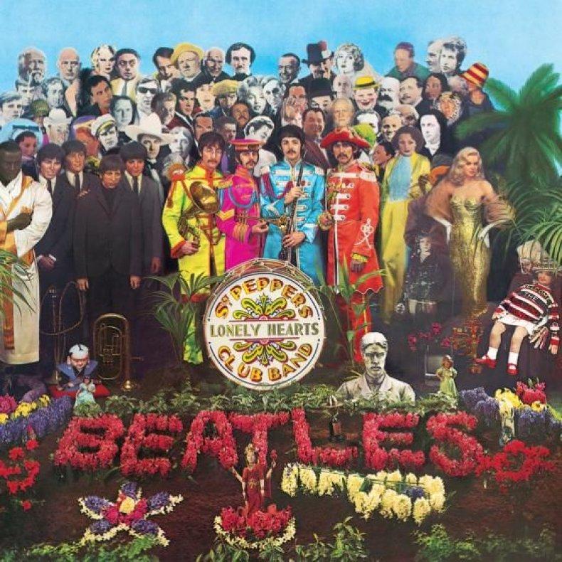 01-01_Sgt_Pepper's_01