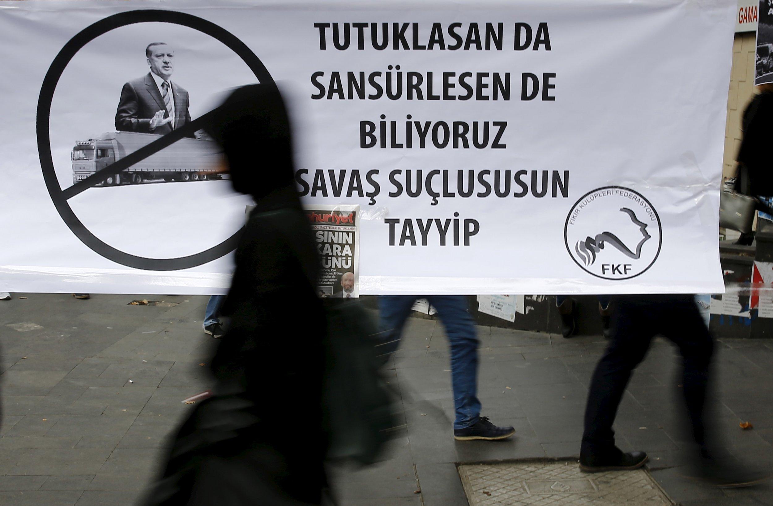 turkey_journalists_1212