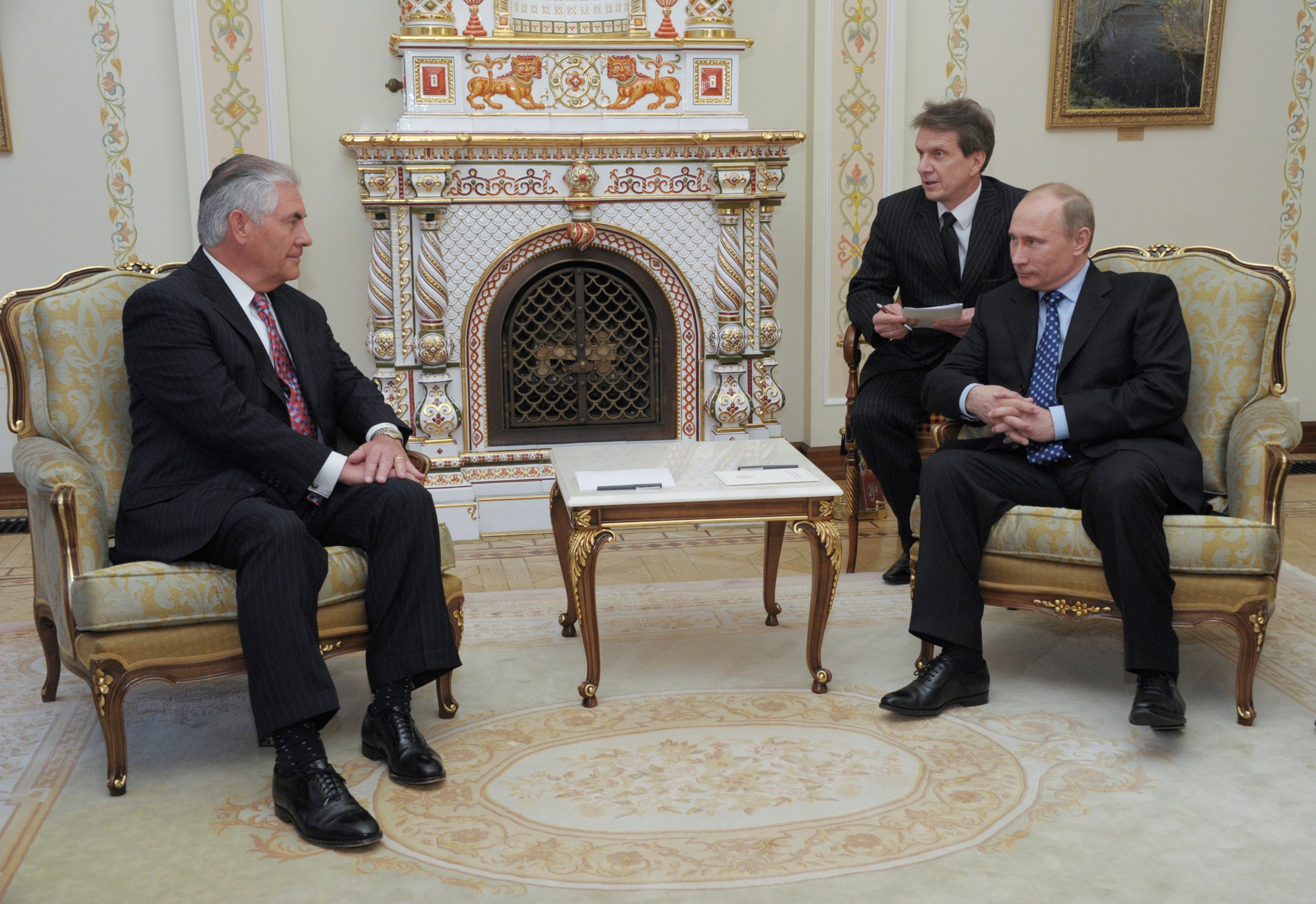 12_13_Tillerson_Putin_01