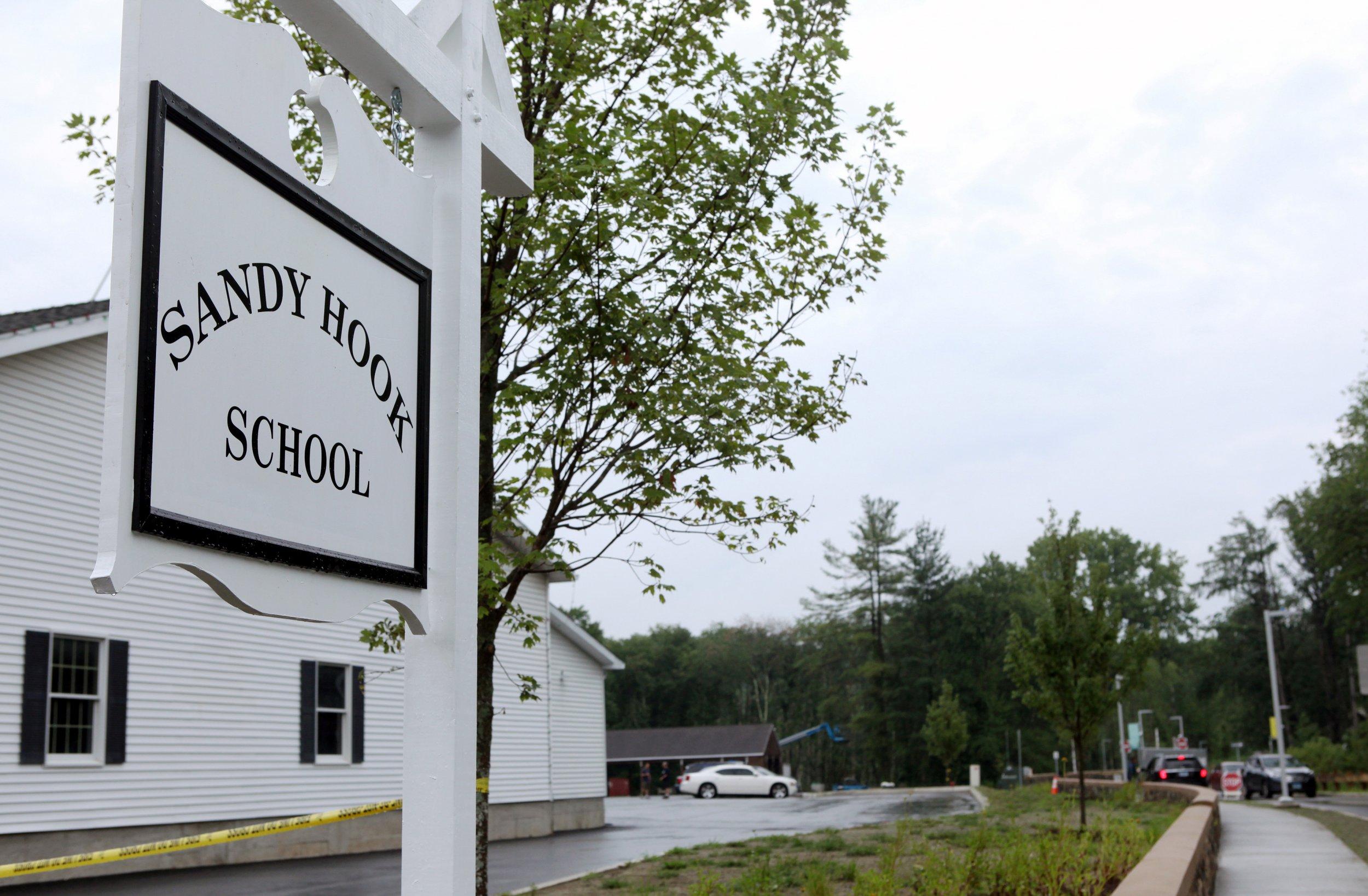 1214_Sandy_Hook_Elementary_School_anniversary_01