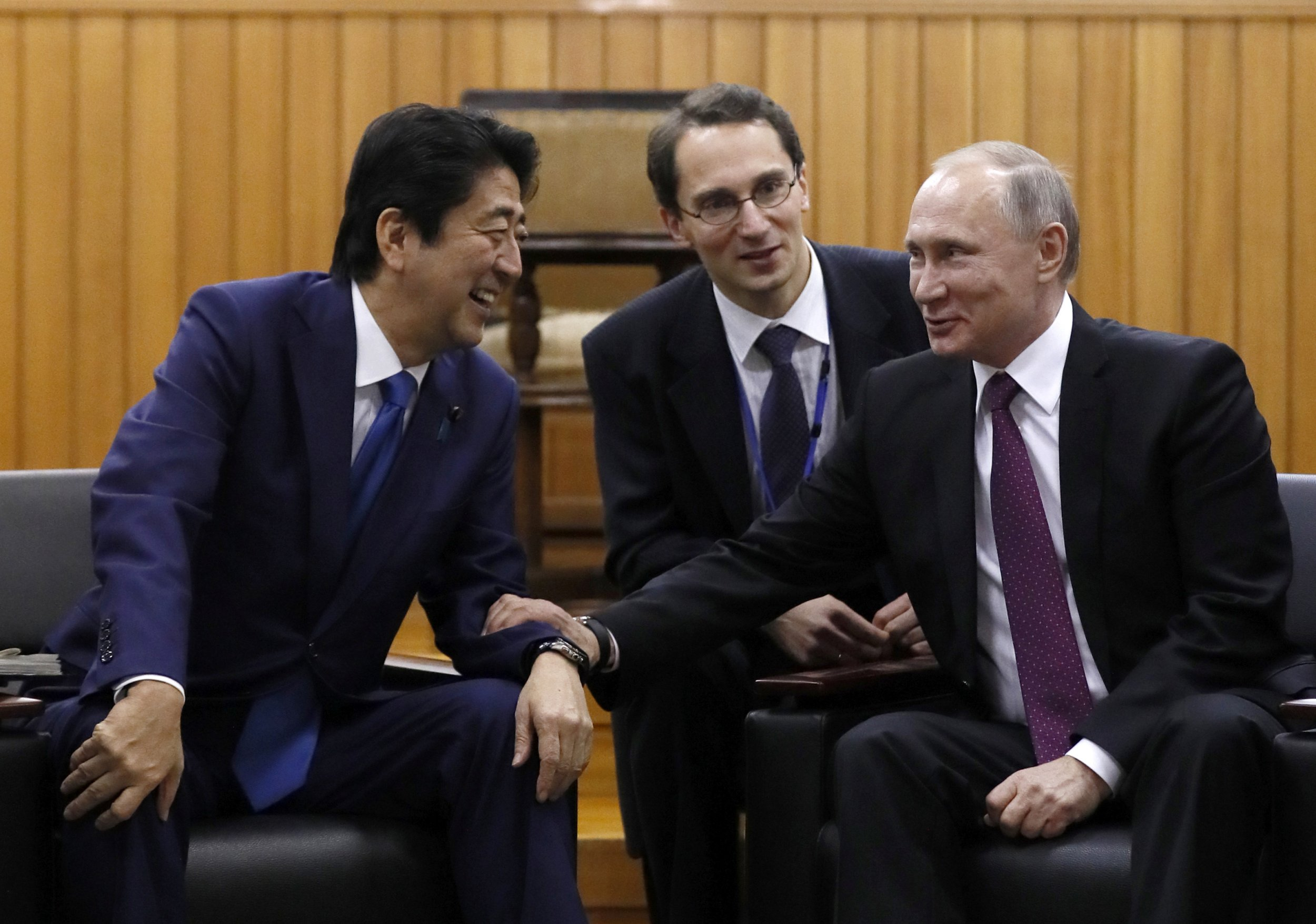 Shinzo Abe and Vladimir Putin