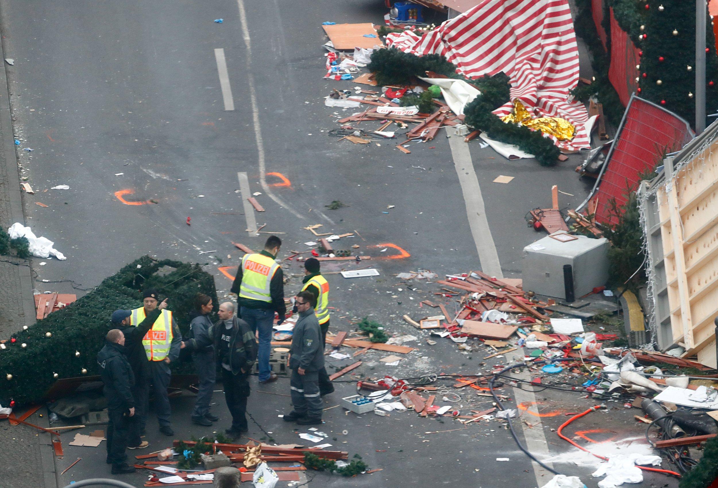Berlin police inspect scene