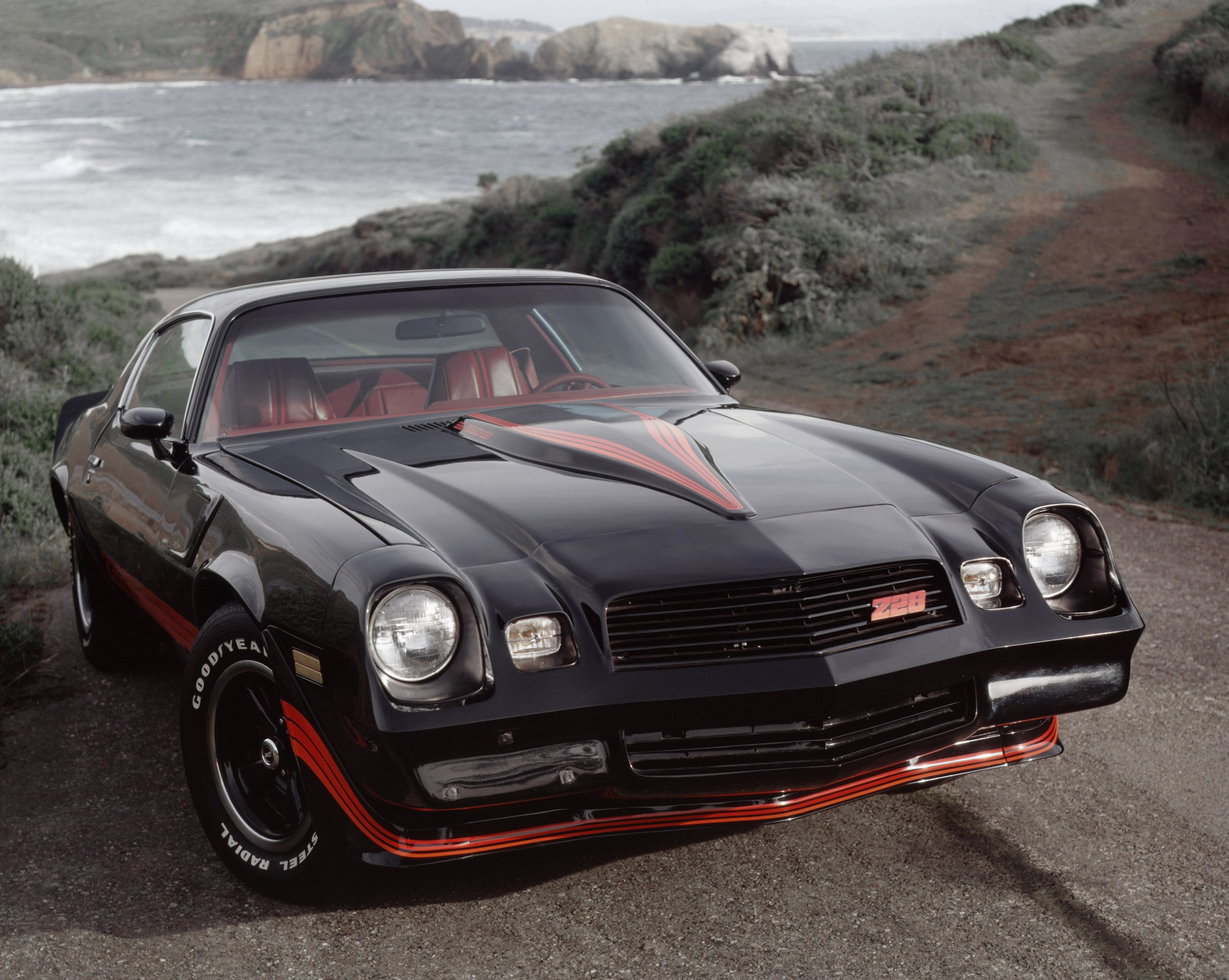 Muscle Car Nirvana: America\'s 50-Year Love Affair With the Camaro